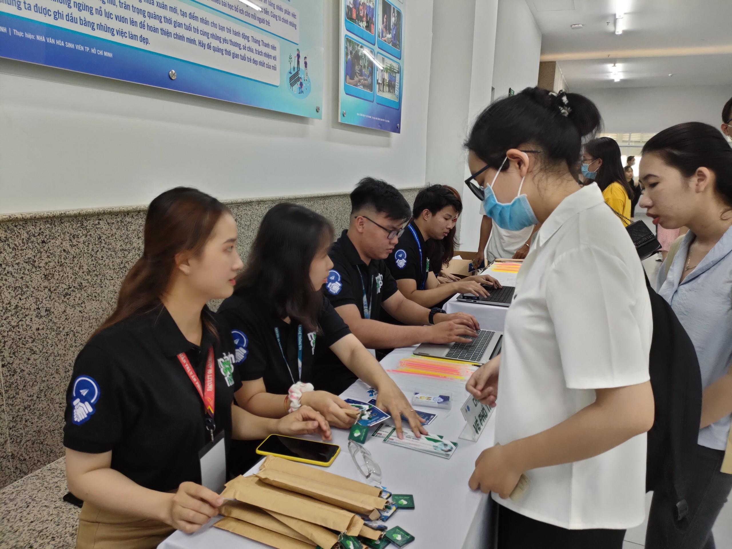 Chiến dịch Tình nguyện Mảnh Ghép Mới 2021
