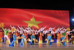 lien-hoan-tieng-hat-sv3-1-scaled